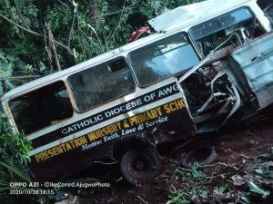 Unconfirmed Number of School Children Dead as Truck Crash Into A School Bus In Enugu